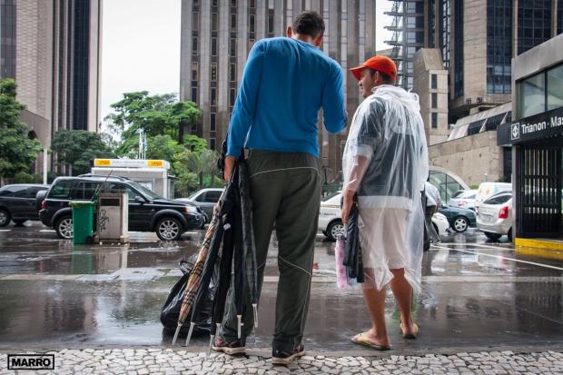 Vendedor-de-paraguas copy