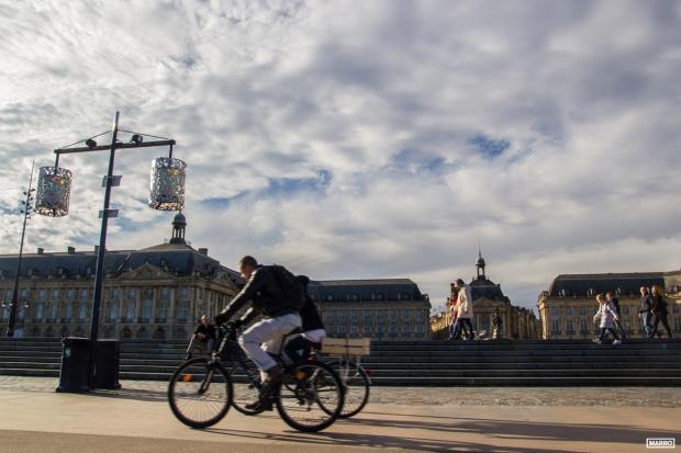 Bordeaux-en-bicicleta-1