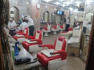 Barbería en el centro.